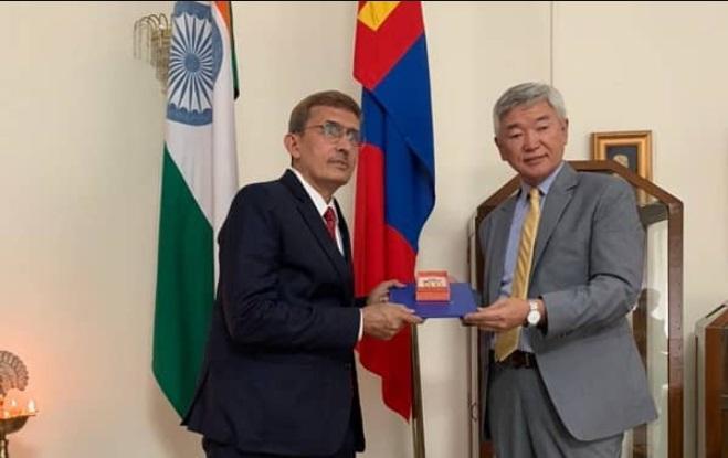 RK Sabharwal gets highest civilian award of Mongolia | আর কে সবরওয়াল মঙ্গোলিয়ার সর্বোচ্চ অসামরিক পুরষ্কার পেয়েছেন_40.1