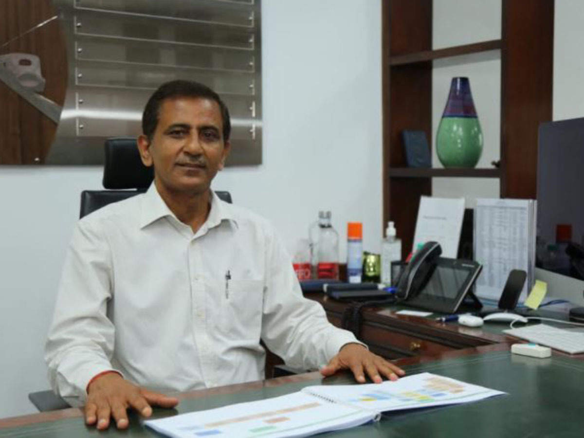 Satish Agnihotri take charges as MD of NHSRCL_40.1