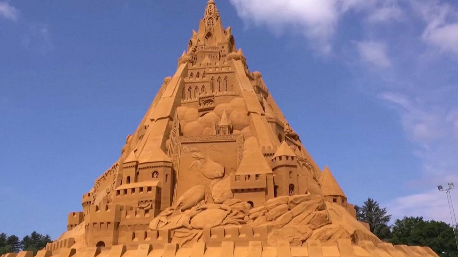 World's tallest sandcastle constructed in Denmark_40.1