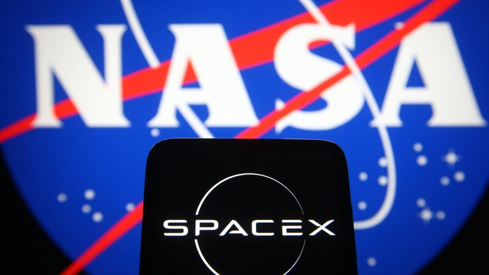NASA selects SpaceX for Europa mission_40.1