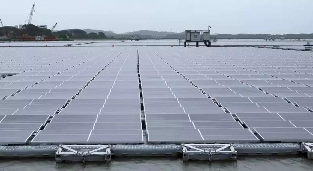 Sunseap set to build world's biggest floating solar in Indonesia_40.1