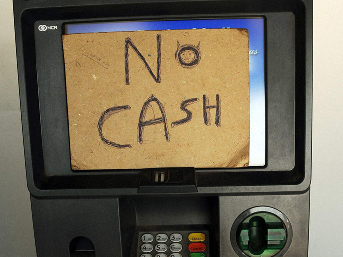 RBI to penalise banks if ATMs run out of cash from October 1_40.1