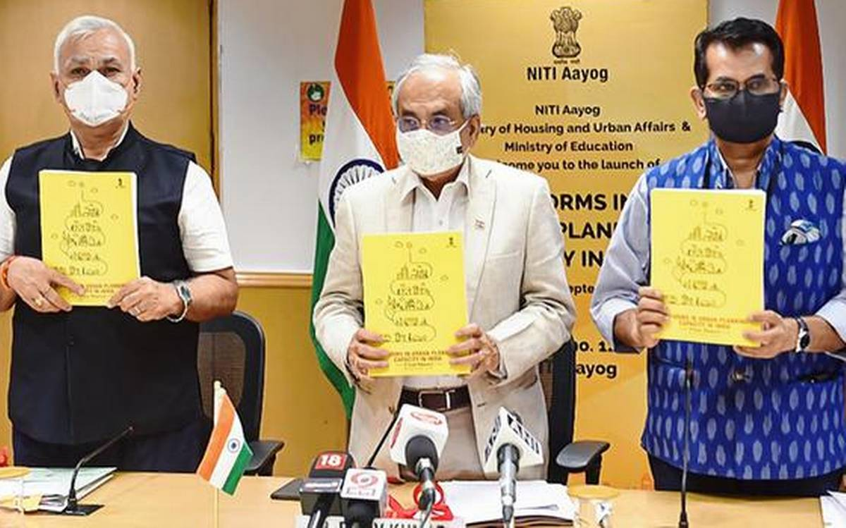 NITI Aayog Launches Report on 'Reforms in Urban Planning Capacity in India'_40.1